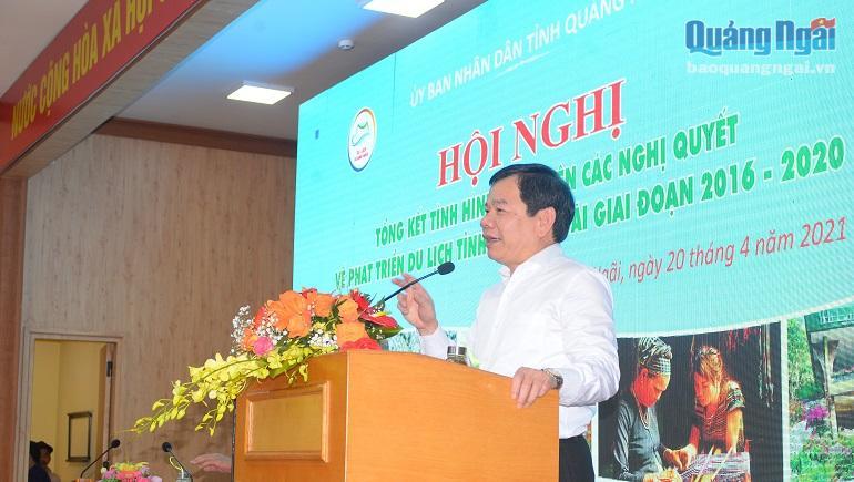 Chủ tịch UBND tỉnh Đặng Văn Minh phát biểu tại Hội nghị